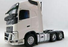 Tekno 71161 Volvo Globetrotter XL 6 x 4 Prime Mover Left Hand Drive White 1:50