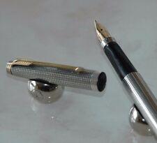 STYLO PLUME PARKER 75 ciselé ARGENT MASSIF plume OR Taille M écriture moyenne