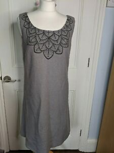 Laura Ashley wool shift dress Size 12-14 grey with embroidered neck detail