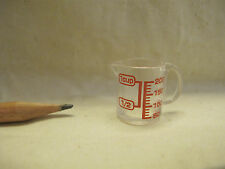 U065 Dollhouse Plastic measuring cup with Holder Kitchen Tools Miniature 1:12
