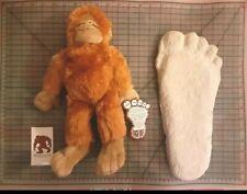 Bigfoot Gift Set! Bigfoot Cast and Stuffed Plushie Replica Patty print