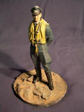 120mm Figure Display Base ~ Rural 1/16th scale (Base only figure for scale only)