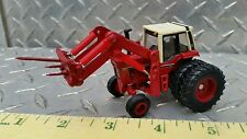 1/64 ERTL custom farm toy ih international 1086 tractor w/ hay bale spear loader