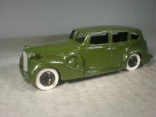 Dinky Toys 1939 Packard Super 8 Sedan #39