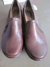 NEW! $70  HUSH PUPPIES  WOMENS SLIP ON SIDE ZIP LEATHER SHOES BROWN 6W WIDE