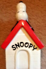 Vintage Snoopy Bank 1970 Snoopy on Doghouse Original Peanuts Retro Collectible