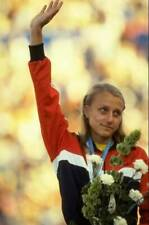 OLD SPORTS PHOTO Olympic Grete Waitz Of Norway Waves To The Crowd