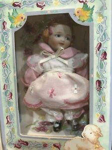 "Marie Osmond  ""A Child's Song"" Greeting Card Porcelain Doll"
