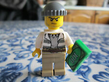 brand new robber, lego city 60069.