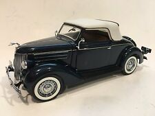 Danbury Mint 1936 Ford Deluxe Cabriolet 1:24 Diecast Car