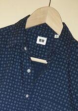 Uniqlo Blue Floral Design Button-Front Casual Shirt Sz. XS - Slim