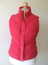 B17 PER UNA GILET SIZE MEDIUM WATER REPELLANT RED ZIP FASTENING EXCELLENT CONDIT