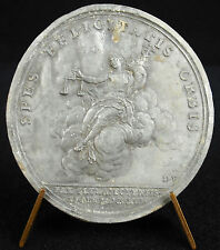medal Bliss enthroned on one cloud 1713 Peace d'Utrecht sc Mauger medal