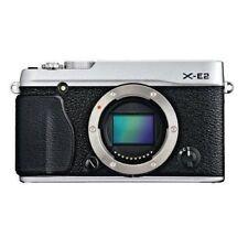 Near Mint! Fujifilm X-E2 16.3 MP Mirrorless with 3.0-Inch LCD - 1 year warranty