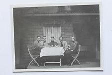 Photo 1942 Allemagne nazie groupe d'hommes cachet IIIe Reich au verso