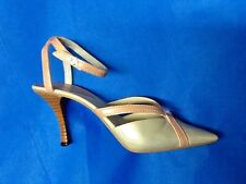 Nib Just the Right Shoe ~ Raine Willits #25778 Mothers are Forever