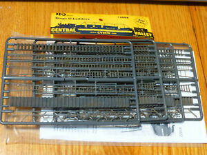 Central Valley HO #1602 Steps & Ladders (Made in USA) Lots of Plastic parts