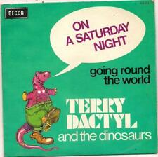 FRENCH 45 T TERRY DACTYL AND THE DINOSAURES ON SATURDAY NIGHT