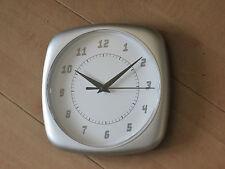 Horloge pendule murale atelier cuisine imitation métal mini neuve 18cm + à poser