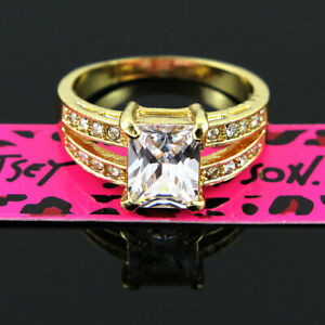 Nobby Betsey Johnson Square White Stone Gold Colour Princess Lady's Ring Size 9
