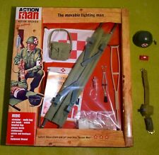 VINTAGE ACTION MAN 40th CARDED/BOXED MEDIC CARD & ACCESSORIES HELMET BELT ETC