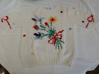 Deans of Scotland Size Med Woman's White Floral Pullover Sweater 1970's