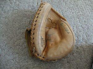 Nesco Catchers Mitt