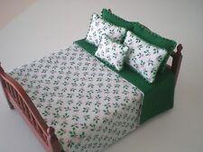 Dollhouse Miniature Handmade Christmas  Reversible Bedspread & 5 Pillows
