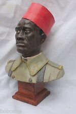 Buste sur socle représentant un *_Tirailleur Sénégalais_* (Made in France)