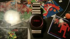 VINTAGE 1975 R5 SEARS AND ROEBUCK  LED WATCH. WORKS.