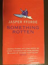 SOMETHING ROTTEN. JASPER FFORDE. SIGNED FIRST EDITION WITH POSTCARD