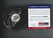 Teemu SELANNE Signed Anaheim Ducks Puck PSA/DNA W58897