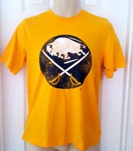 BUFFALO SABRES Youth T Shirt Size Large 12/14 Yellow Tee Distressed Vintage Logo