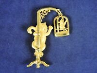 CAJC Whimsical Funny Dogs Waiting in Line for Fire Hydrant Brooch Pin Brushed Gold 1980s