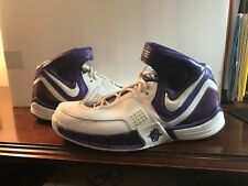 mens nike gym shoes14 Elite white and purple Excellent condition from the 90's