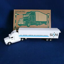 ERTL Collectibles Freightliner Cab & Trailer 1:64 Diecast ~ # 19978P Suspa 2000