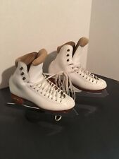 Riedell model 1310 with Professional freestyle blades ~ size 4