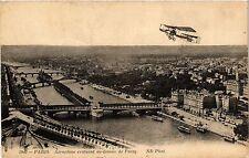 CPA PARIS 16e-Aéroplane evoluant au dessus de Passy (326155)