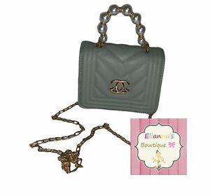 Pistachio/green Chanel small girls purse /bag/bolsa