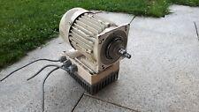 Frequenzumrichter Lenze 8200 motec mit Motor MDEMAXX071-32