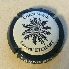 3. gris et vert Capsule de Champagne ETCHART et Fils