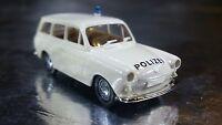 * Brekina 26510 VW Combi / Estate 1500 Police Vehicle White 1:87 HO Scale
