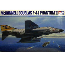 Tamiya - 60306 Maquette Aviation MC Donnell F-4j Phantom