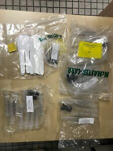 Lot Of M714 M717 Taper Tip Manual Syring. New. All are Shown In The pictures.