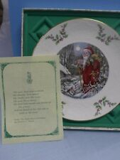 Royal Doulton 1980 Christmas Plate (Father Christmas) Bone China In Box