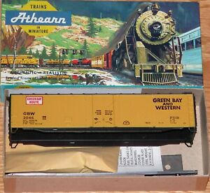 ATHEARN 1361 50 FT PLUG DOOR BOXCAR KIT GREEN BAY AND WESTERN GBW 2046