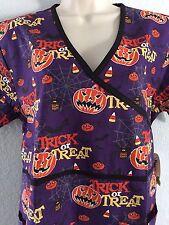 {Small} Medical Uniform Scrub Mock Top Printed Halloween Trick or Treat