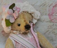 "11"" SPRING ANNE THE BEAR CINDY MCGUIRE CHINA CUPBOARD BEARS"