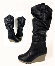 Neu Damenschuhe Klassische Stiefel Lederoptik Schwarz Keilabsatz Boots Winter