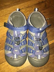 Keen Sandals Youth Size 4 Blue Reflective Yellow Outdoor Water Shoes Slip On